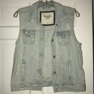 Abercrombie & Fitch Light Wash Denim Vest